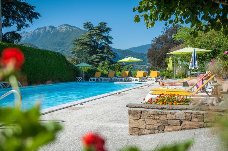 hôtel du lac, 3 étoiles, à talloires-montmin vers le lac d'annecy (74)
